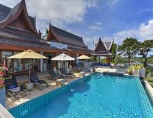 Villa Baan Suk Sabai - Pool and from master bedroom