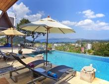 Villa Baan Suk Sabai - Pool side view